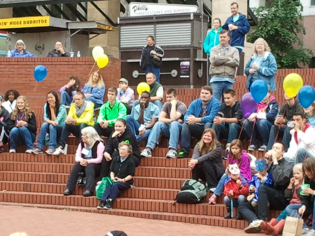 Steps for Life Crowd